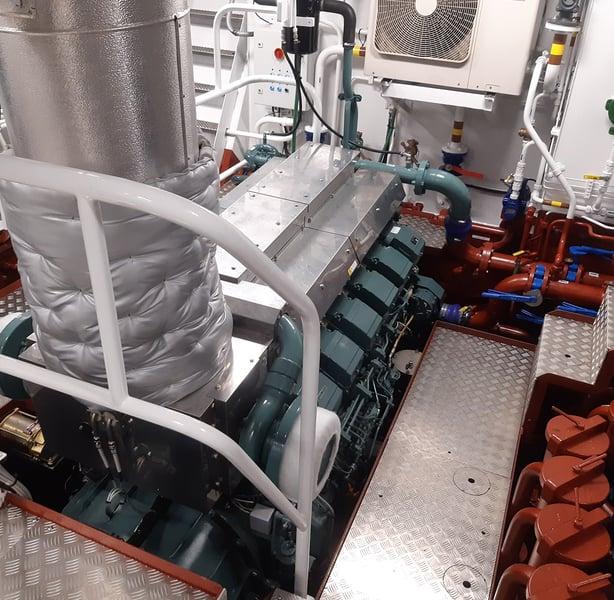 https://engine-genset.mhi.com/hubfs/00.%20Website/01.%20Marine/01.%20General/W-Mitsubishi-Marine-Engine-feature-Luut-Senior.jpg